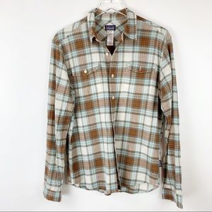 Patagonia Men Plaid Button Down Long Sleeve Shirt